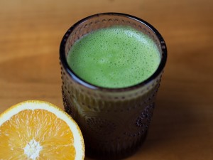 green-smoothie-1066168_640